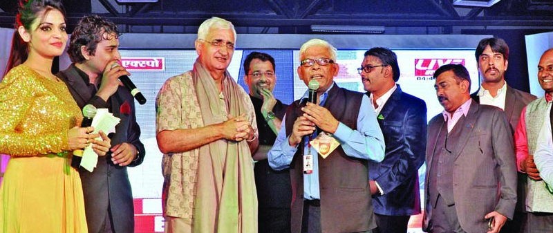 Group Editor (Live India News)