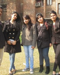 bmc_student_gaurav,harshita,rashi,pooja_along_with_bharti_pandey_manageracademics_left