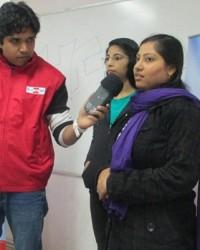 rj_gaurav_kumar_interacting_with_students.